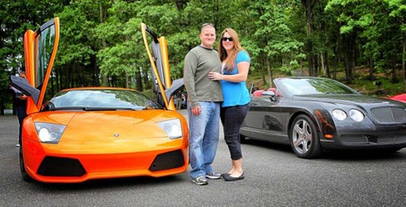 Photo of a couple on a Dream Car Tour