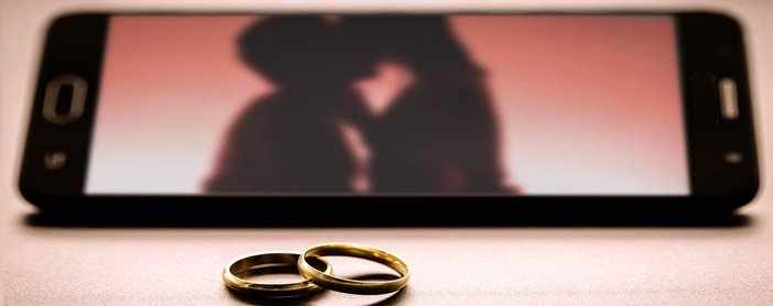 Best Dating Sites for Married People in 2020