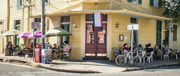 Photo of diners at New Orleans Cake Café & Bakery