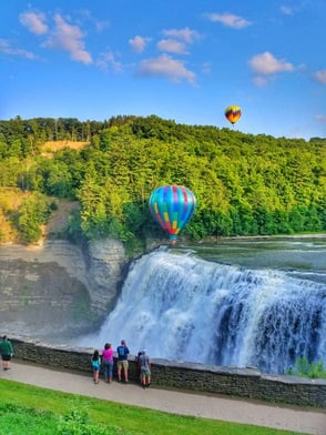 Photo of hot air balloons in Letchworth State Park