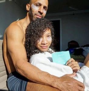 Photo of a couple using Nuria