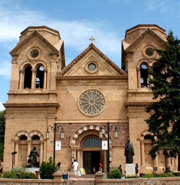 Photo of a cathedral in Santa Fe