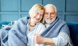 "SeniorFriendsDate ""title ="" SeniorFriendsDate ""srcset ="" https://www.datingnews.com/wp-content/uploads/2019/06/seniorfriendsdatesenior.jpg 310w, https://www.datingnews.com/wp- content / uploads / 2019/06 / seniorfriendsdatesenior-300x178.jpg 300w ""tailles ="" (largeur max: 310px) 100vw, 310px ""/> </div> <div class="